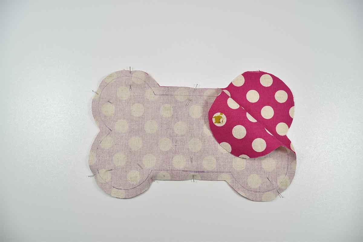 Naehanleitung mit Schnittmuster Spielzeugknochen fuer Hund